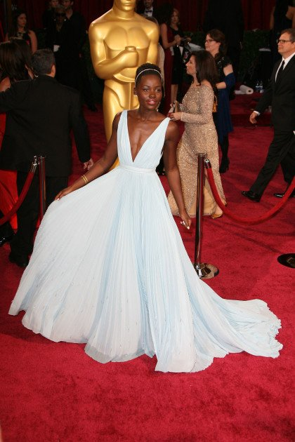 lupita-nyongo-at-the-oscars
