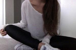 h6a9j8-l-610x610-sweater-white-black-long-sleeves-oversized-sweater-oversized-cardigan-white-sweater-oversized-white-sweater-cardigan-fall-sweater-fall-boots-dress-maxi-dress-high-waisted-short