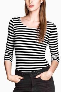 t-shirt-black-white-horizontal-stripe-t-shirt-009138